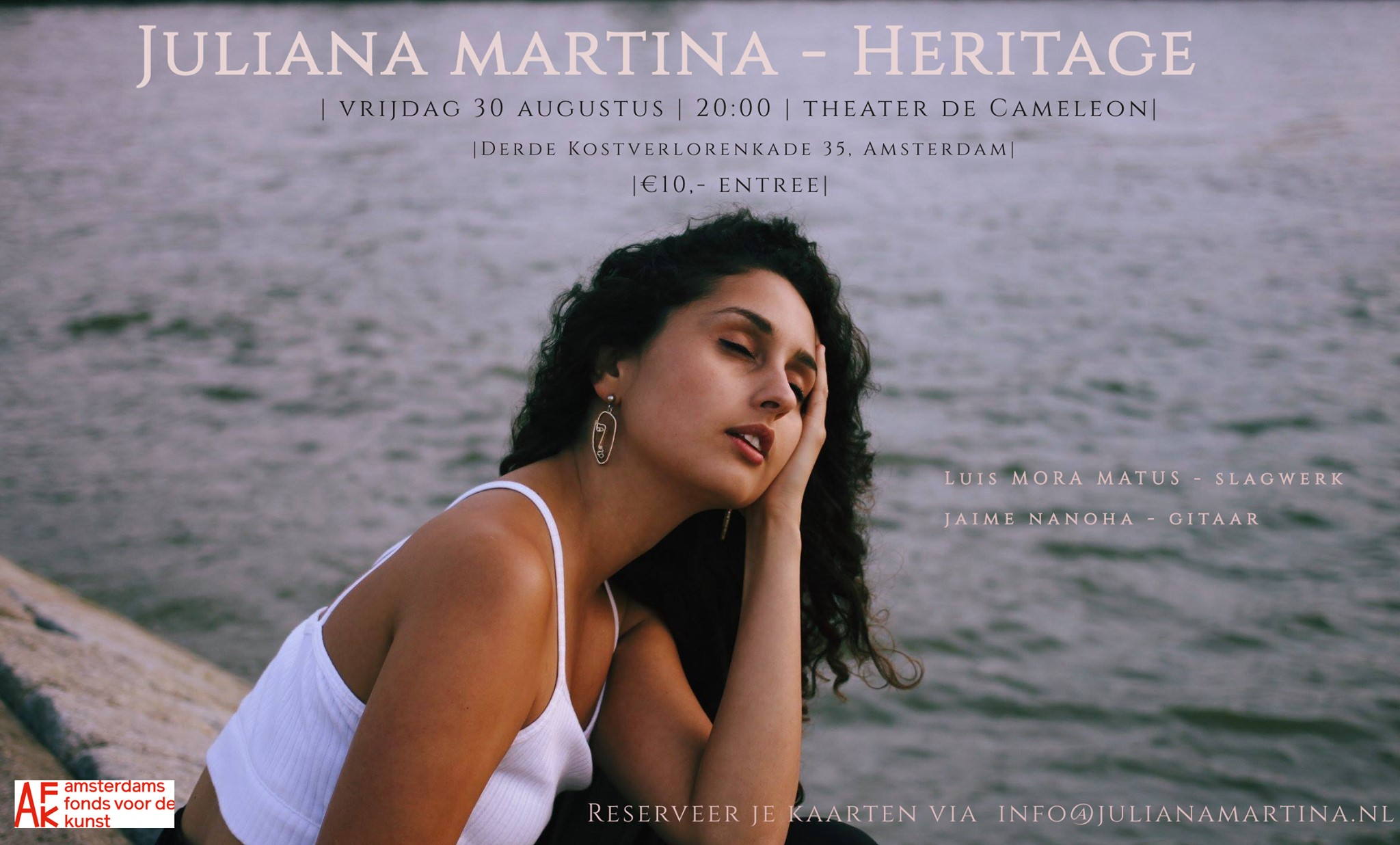Juliana Martina met Heritage